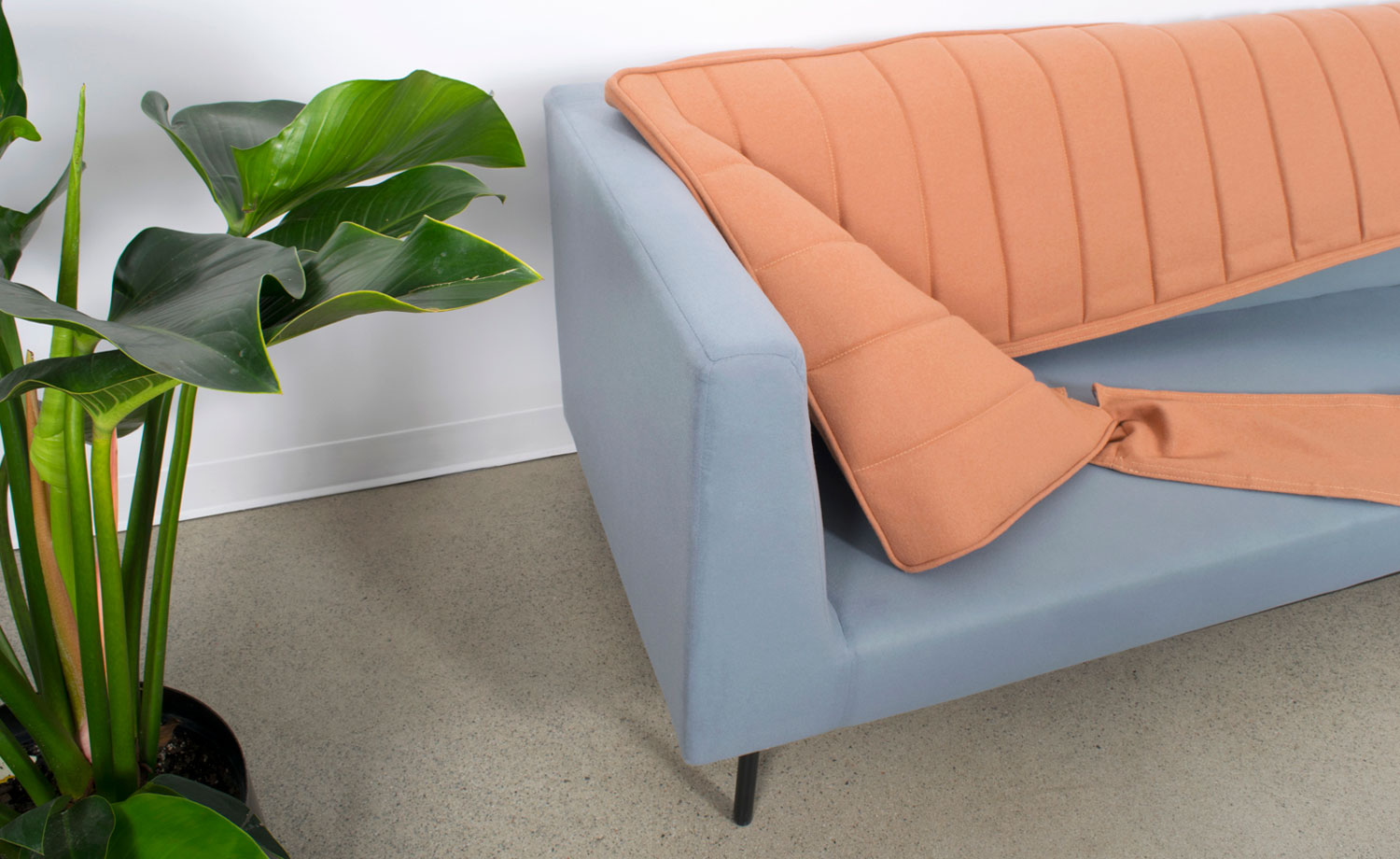 SOFAS WITH REMOVABLE COVERS, slide 4