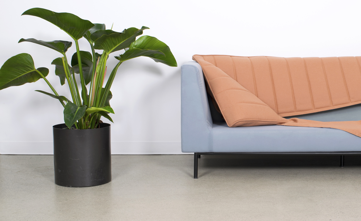 SOFAS WITH REMOVABLE COVERS, slide 3